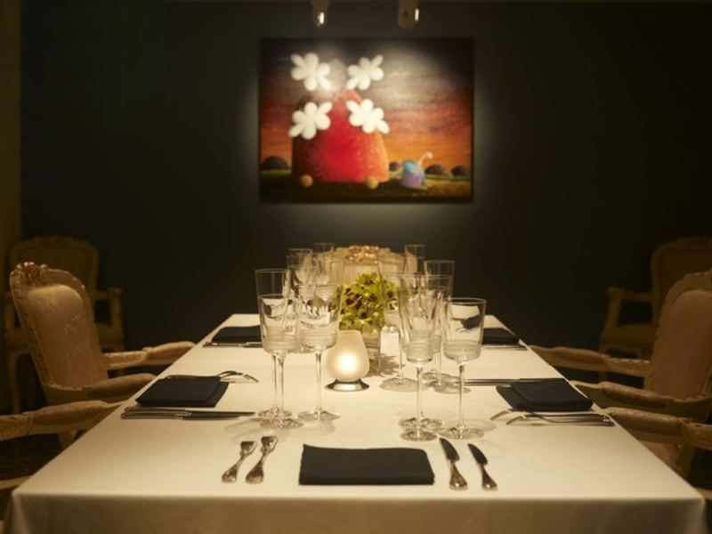 private dining room for anniversary celebration