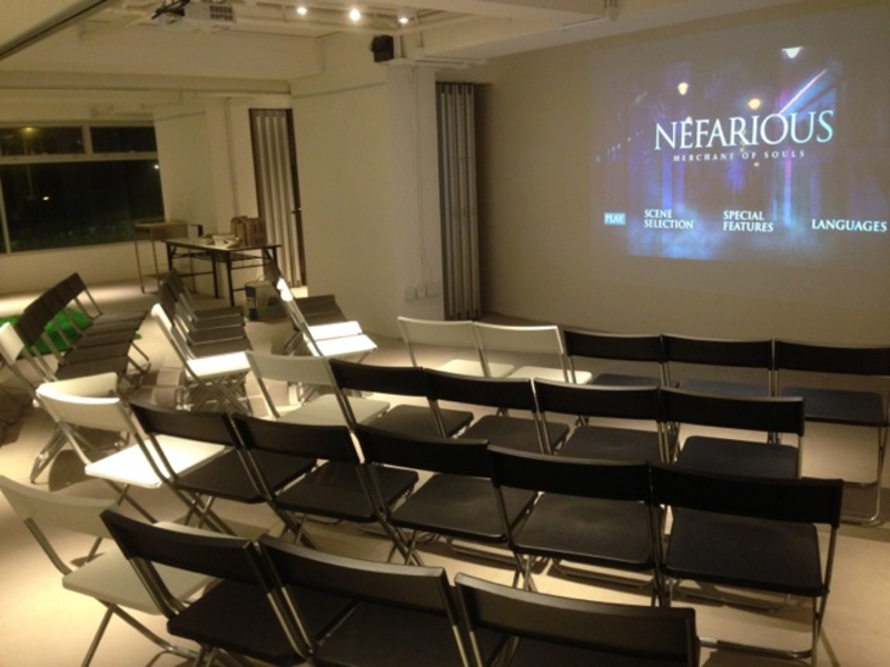 workshop and seminar setting inlarge room with projector