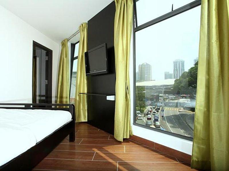 hotel room with kuala lumpur city view