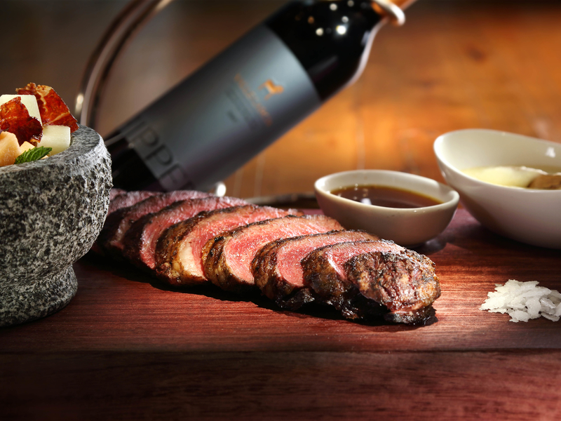 quemo beef steak paired with wine