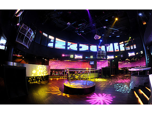 long led screen and mini round stage in zouk room malaysia