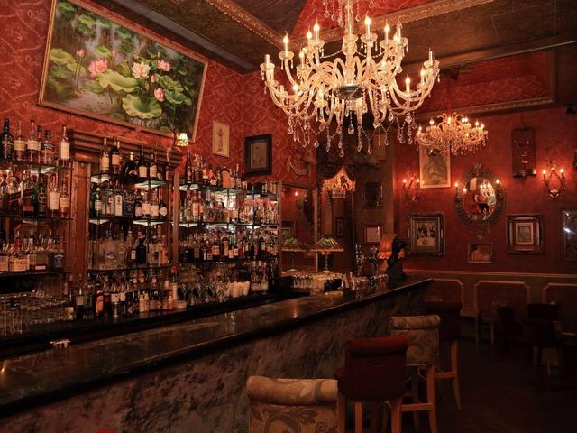 Le boudoir cocktail party event space central hong kong venuerific medium